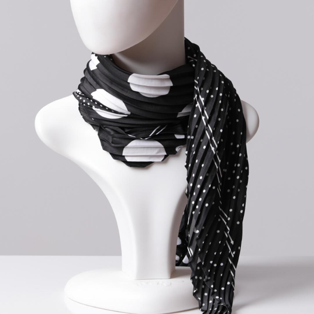Desenli Saten Fular Eşarp Pliseli - Siyah Beyaz