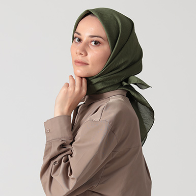 ipekistanbul - İpekli Günlük 100x100 cm Eşarp - Haki Yeşili