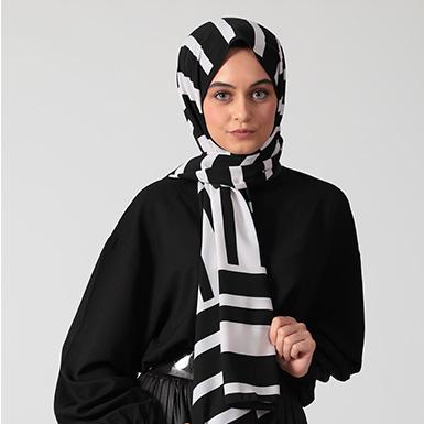 ipekistanbul - Monokrom Desenli Medine İpeği Şal - Siyah